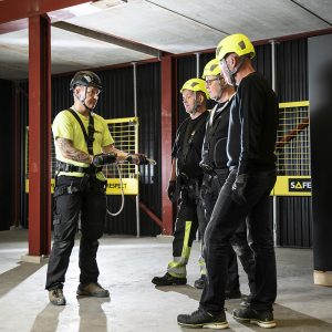 Med ett kompetent LMS kan Safety Respect erbjuda utbildningar till kunderna.